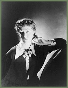 Marianne Moore 1935