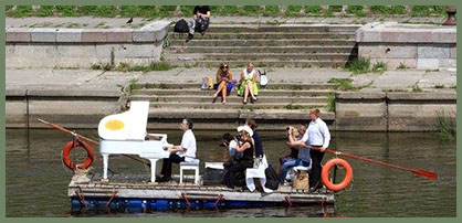 piano concert on the Vltava River